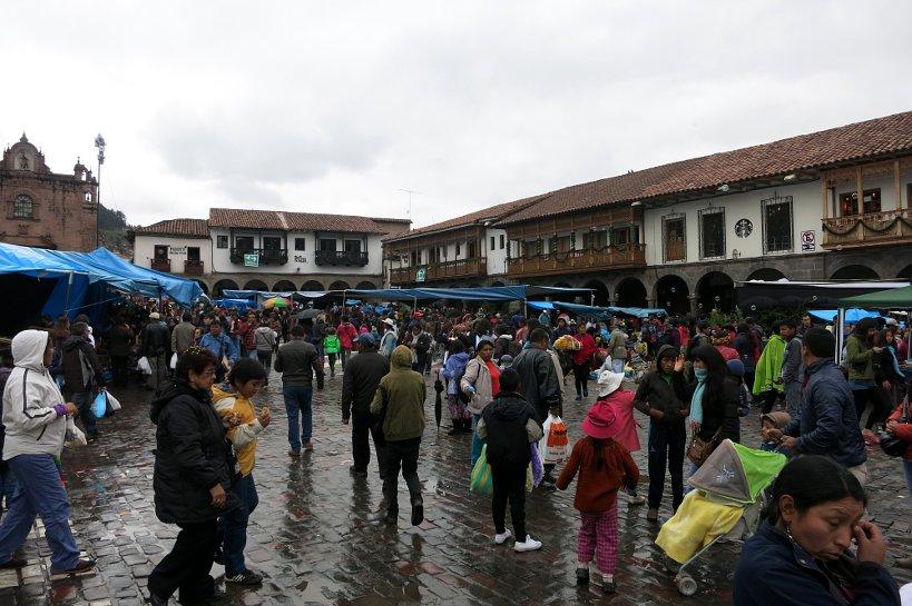 Andean Christmas Santurantikuy