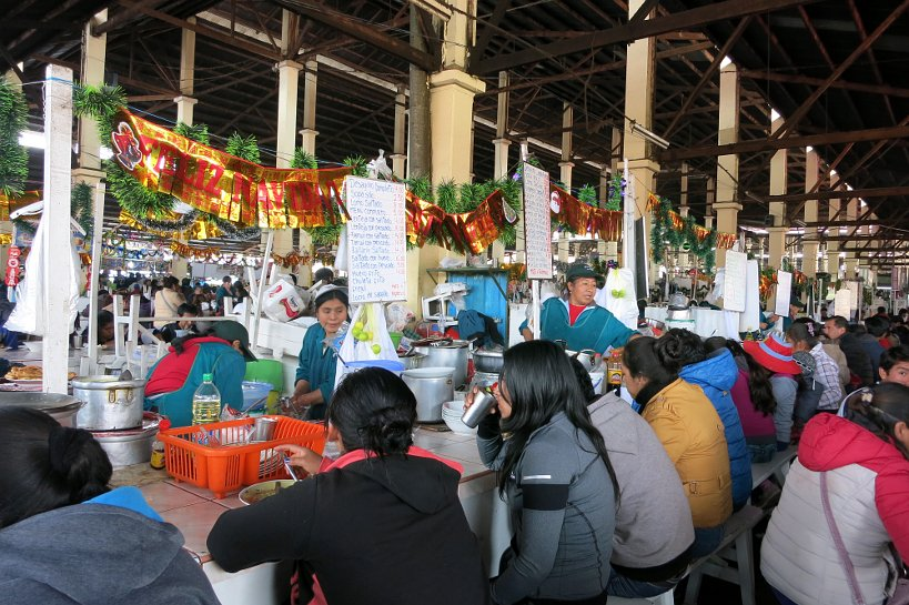 Cusco's market gastronomy stalls