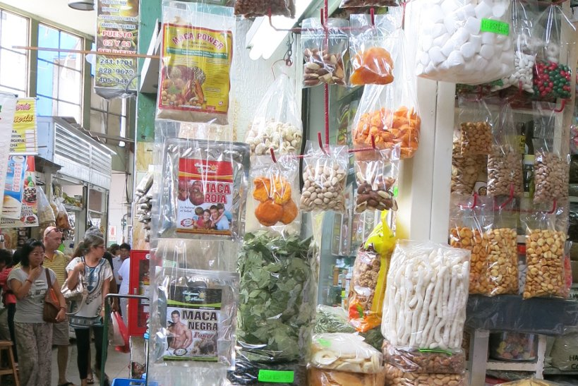 Maca at the market