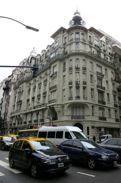 Travel insurance, Near dentist office in Centro, Buenos Aires