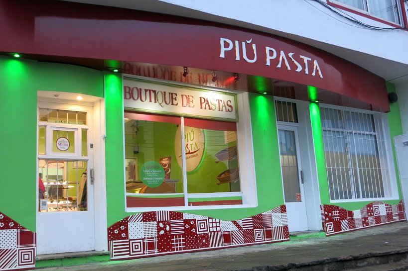 Picture of Argentinian food store Piu Pasta store in Bariloche Argentina