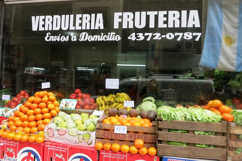 Argentinian food store Verduleria Fruteria