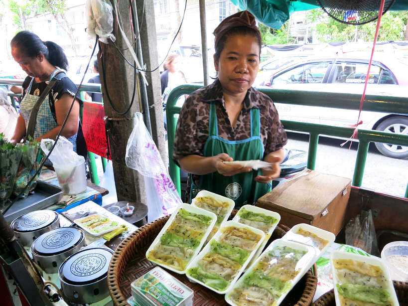Wang Lang Thai Crepes Vendor Bangkok Markets Authentic Food Quest