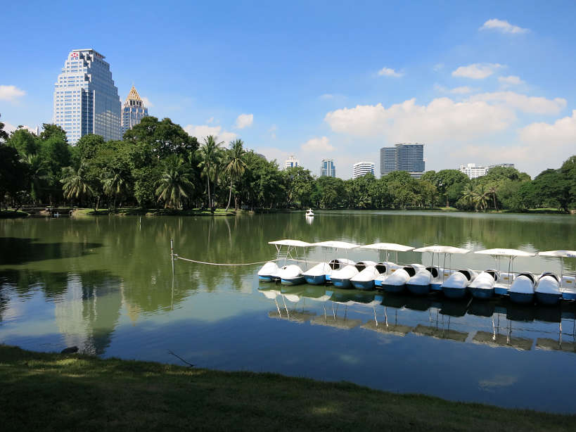 Lumpini Park Running in Bangkok by Authentic Food Quest