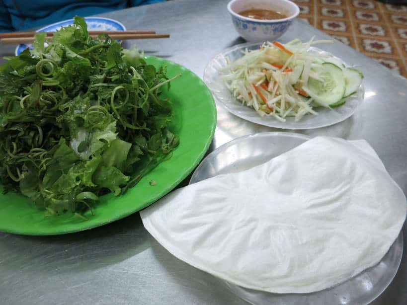 Ingredients Banh Xeo for Food in Vietnam_Authenticfoodquest