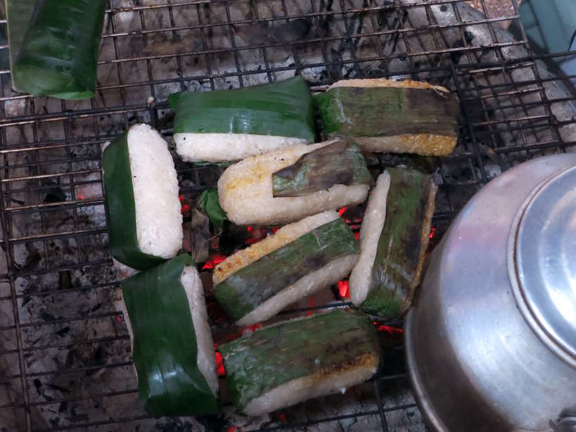 CheChuoiNuong_VietnameseDesserts_AuthenticFoodQuest