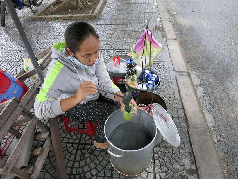 XiMaVendor_VietnameseDesserts_AuthenticFoodQuest