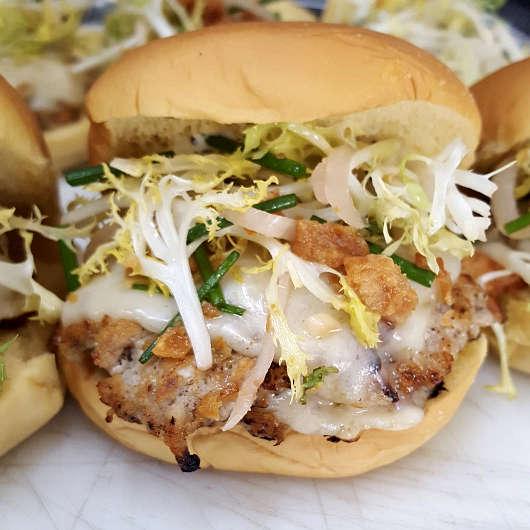 NoMad Bun Los Angeles Food Trucks Authentic Food Quest