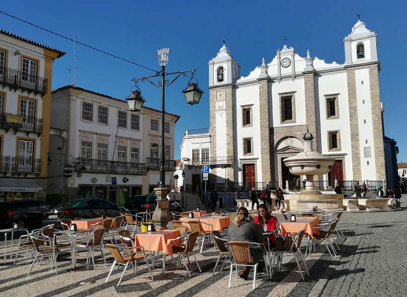 Giraldo Square Food in Evora Authentic Food Quest