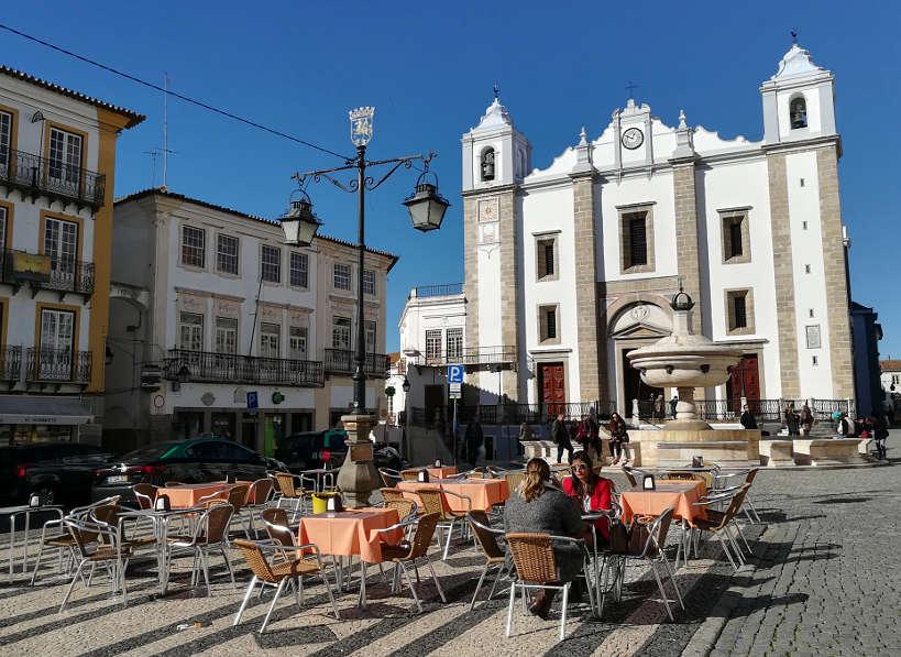 Giraldo Square Food in Evora Authentic Food Quest