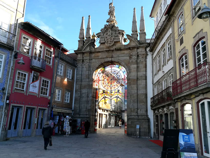 Arco da Porta Nova Braga Food Tour Day Trips From Porto Authentic Food Quest