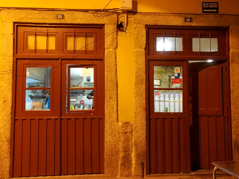 Escondidinho do Barredo a good cheap place to eat in Porto by Authentic Food Quest