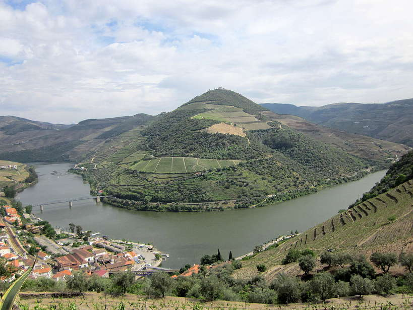 Pinhao Douro Valley Wines Authentic Food Quest