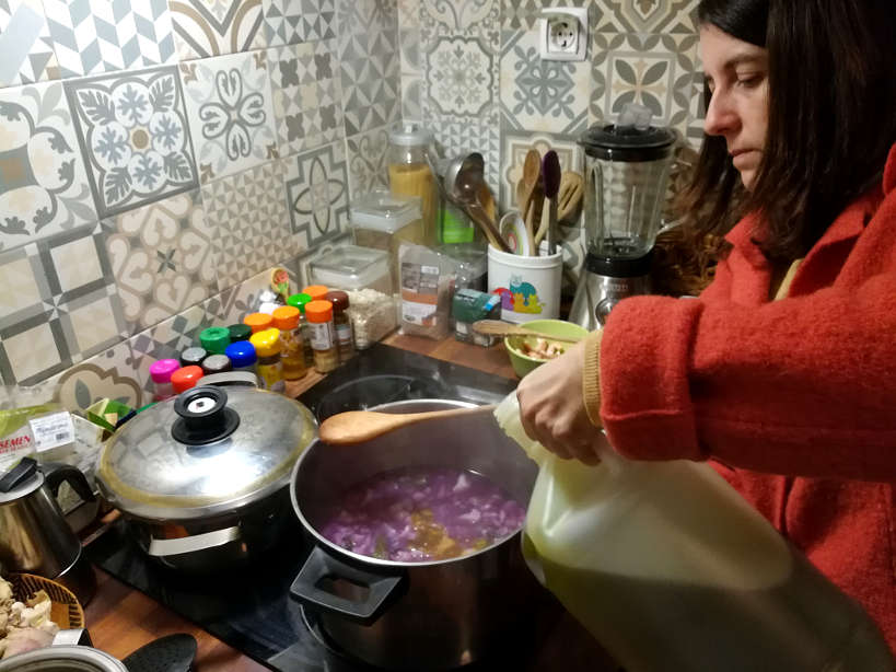 Cooking with Portuguese Olive Oil from Alentejo for Portuguese food and Portuguese Dinner while eating with a Portuguese family by Authentic Food Quest