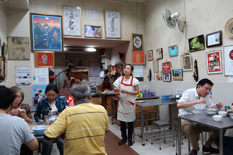 Odean Restaurant Chinatown Bangkok Best Seafood Street Food Authentic Food Quest
