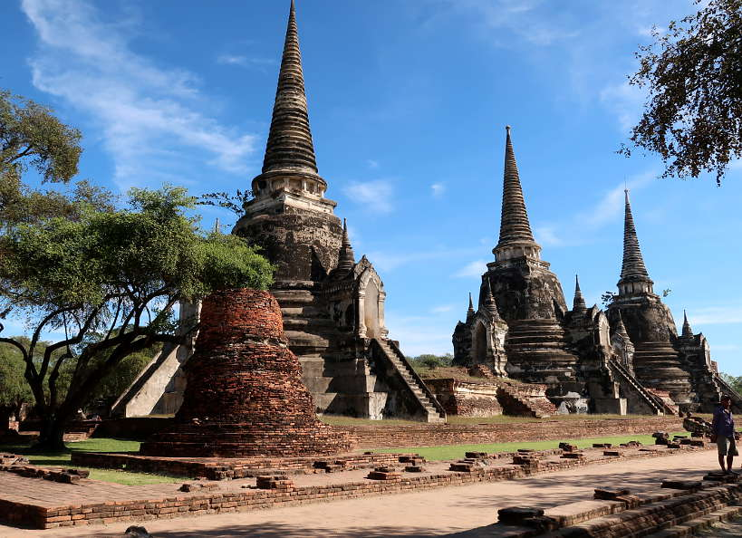 Wat Phra Si Sanphet The Former Royal Palace on Ayutthaya Day Tour by Authentic Food Quest. This is one of the most important temples you will see on your Ayutthaya day triip