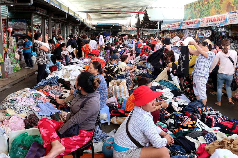 Clothes Resale at Cho Con Market Danang by Authentic Food Quest