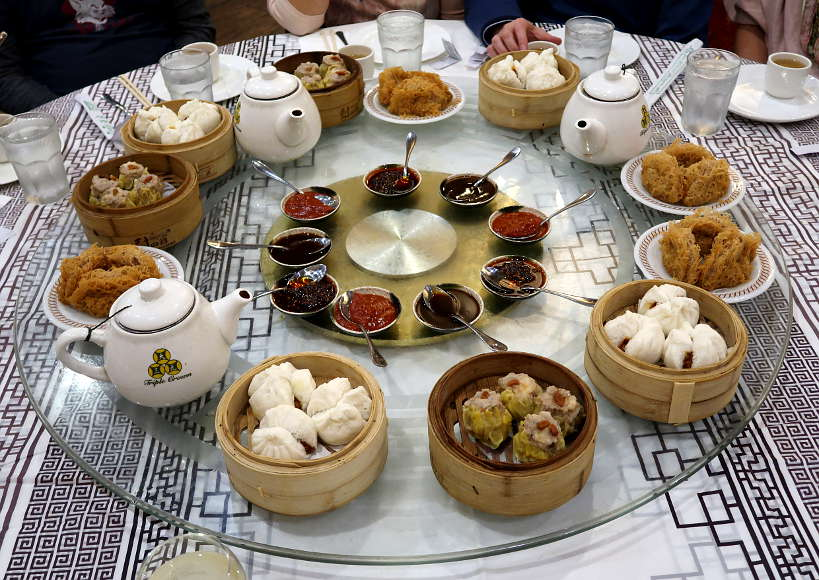Dim Sum Triple Crown One of the best restaurants in Chinatown Chicago_AuthenticFoodQuest
