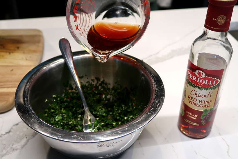 Red wine vinegar for argentine chimichurri sauce by Authentic Food Quest