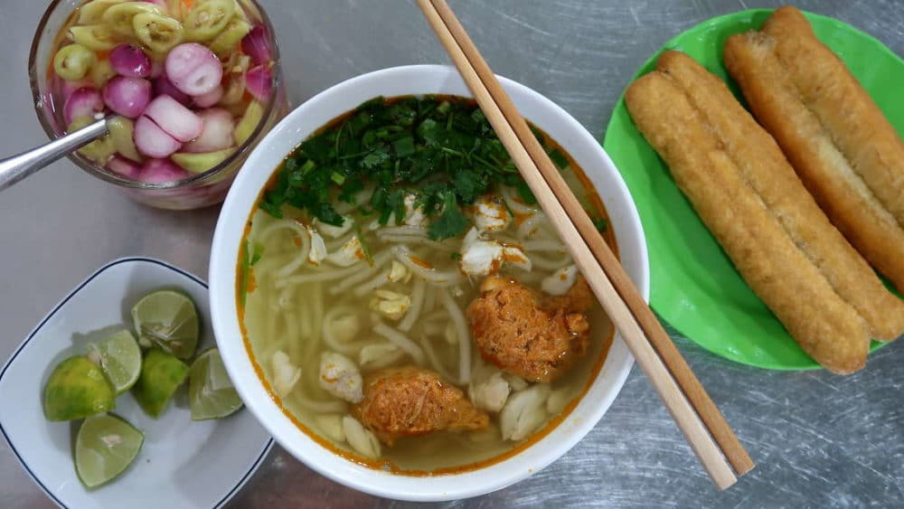 Banh Canh Thick Noodles Soup typical Food in Danang by AuthenticfoodQuest