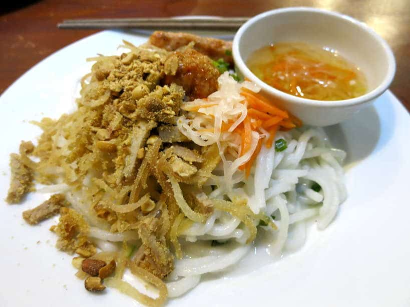 Banh Tam Bi Tapioca Noodles specialty Food in Saigon by AuthenticFoodQuest