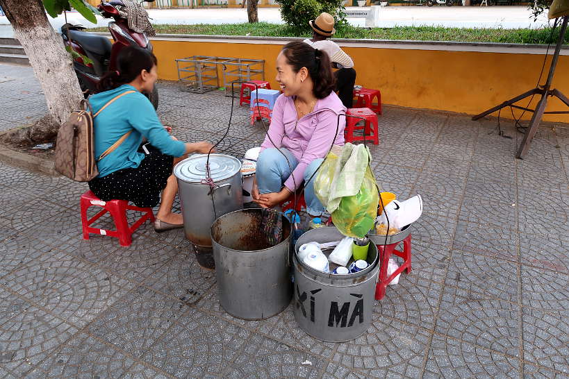 Che Xi Ma Black Sesame soup food in Hoi An by Authentic Food Quest
