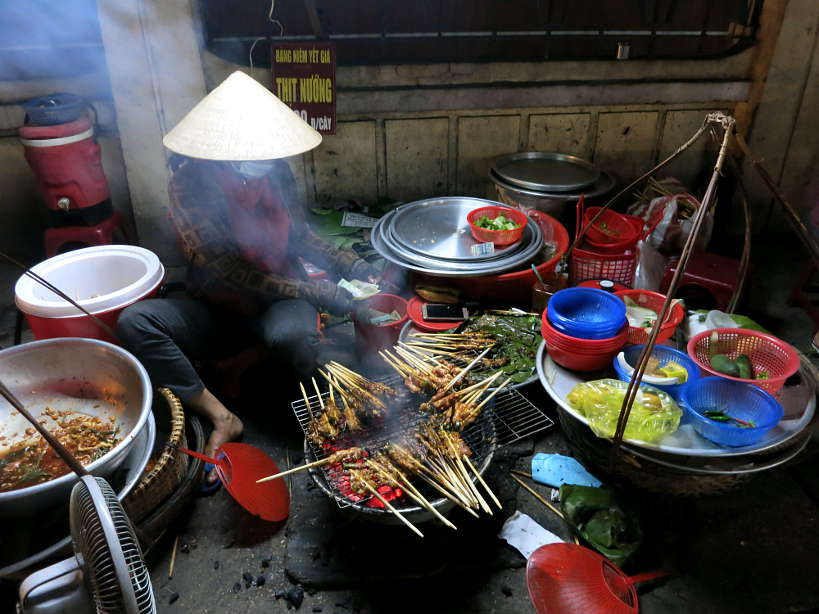Street food vendor Banh Uot Thit Nuong Hoi An by Authentic Food Quest