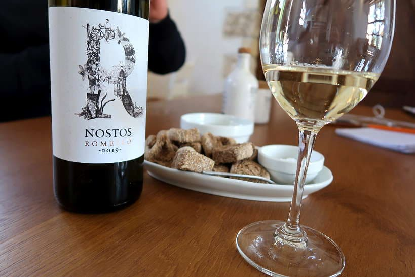 Romeiko white wine from Manousakis Winery Crete by Authentic Food Quest