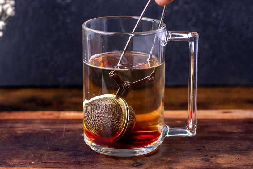 Steep the tea Teh Tarik Recipe by Authentic Food Quest
